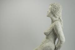 Sitting Lady, Chamotte klei, 25x12x36 cm